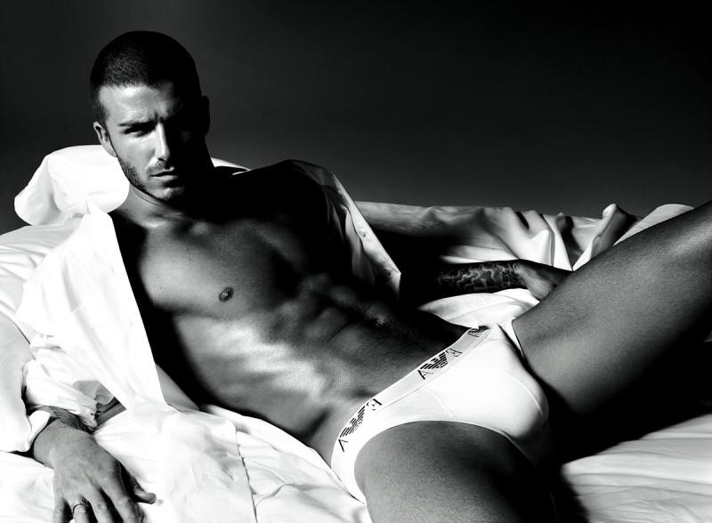 david-beckham-armani-underwear-campaign-photo-800x588